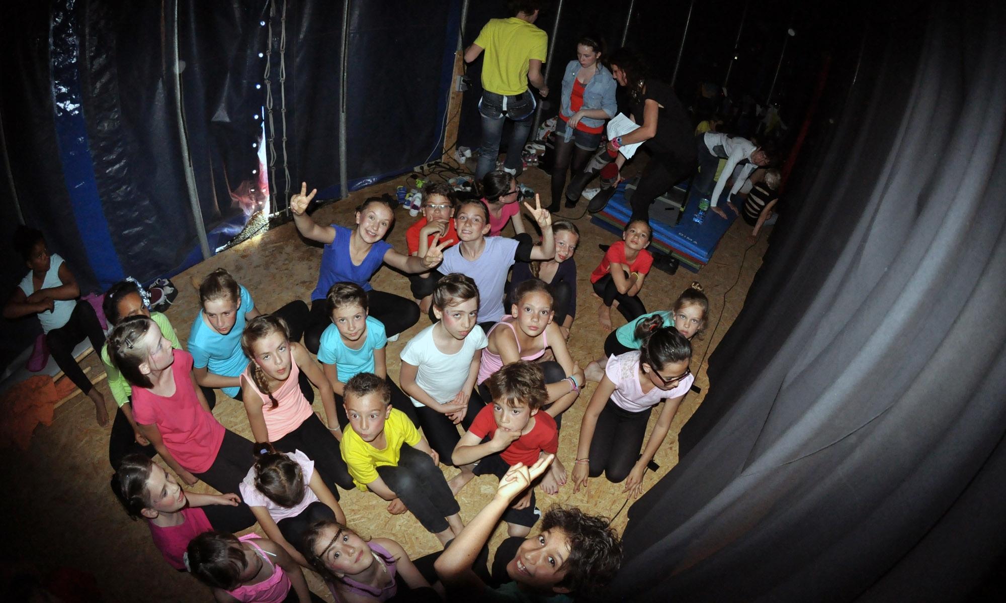 cirque_enfants_coulisses_01